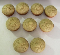 Low Calorie Banana Muffins